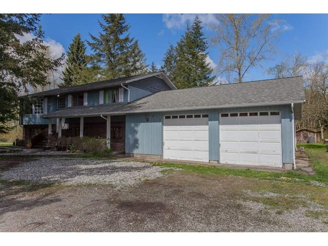 24455 ROBERTSON CRESCENT - Salmon River House with Acreage for sale, 4 Bedrooms (R2158548) #2